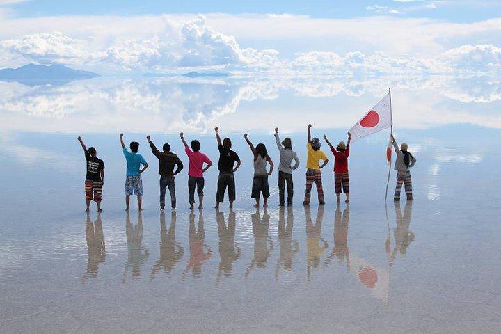 まさに天国! ウユニ塩湖は一生に一度は訪れたい場所。【鏡張りベストシーズン・絶景写真】