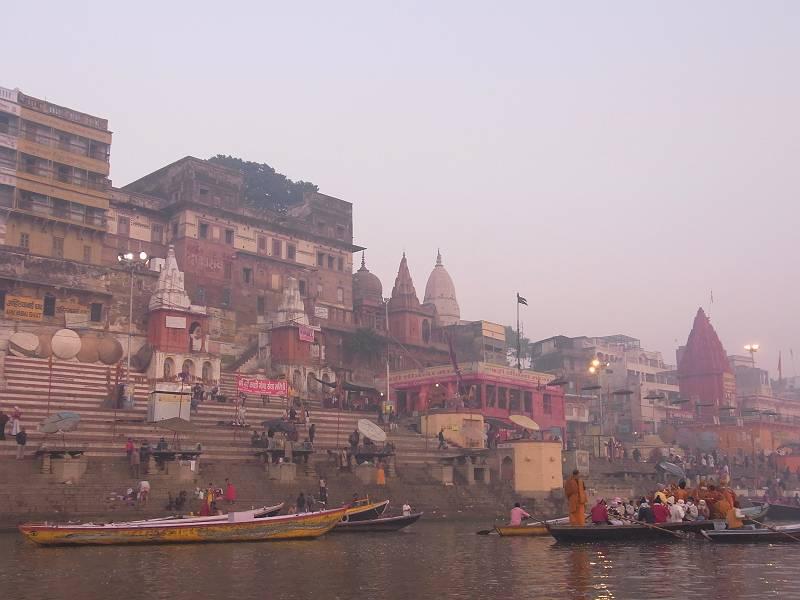 【バラナシ】ハマる人続出! 不思議な魅力をもつインドの5都市をご紹介【カニャークマリ】